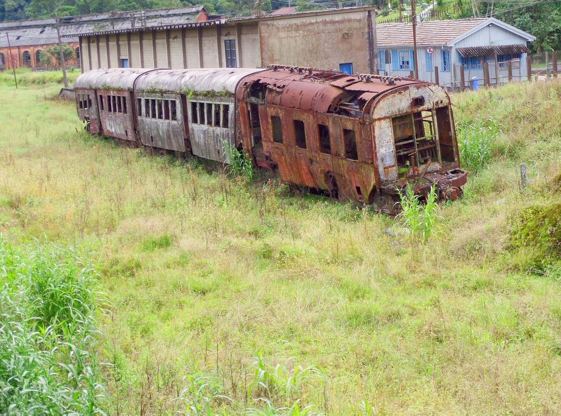 Train Alliance håller på med tågunderhåll. Bolaget skulle behövts vid Paranapiacaba train station...