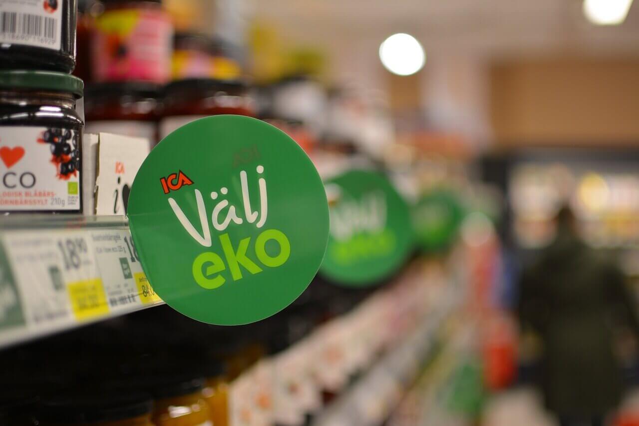 Köp gärna mat på ICA, men undvik för sjutton gubbar deras ICA Mastercard!