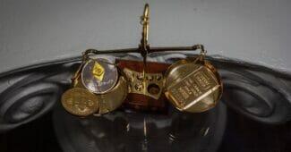 Kryptovalutor (såväl som guld) bör ingå i en balanserad portfölj